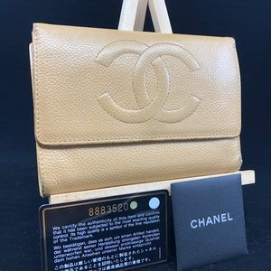 AUTHENTIC CHANEL CC LOGO LEATHER TRIFOLD WALLET